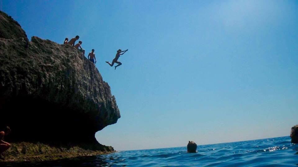 Cliff Jumping in Agios Gordios Corfu